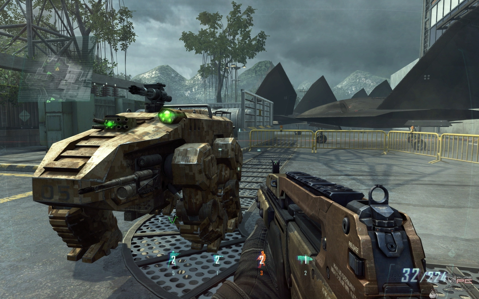 informative essay black ops 2 halo The halo series began with halo: combat evolved on the xbox in 2001 (eventually making its way to pc in 2003) the franchise focuses on the war between humans and an alliance of aliens known as the covenan.