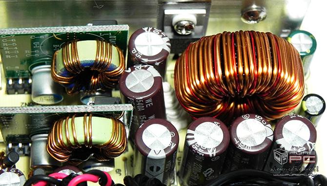 Test Modecom MC-500-S88 Silver - tani i wydajny zasilacz [nc27]