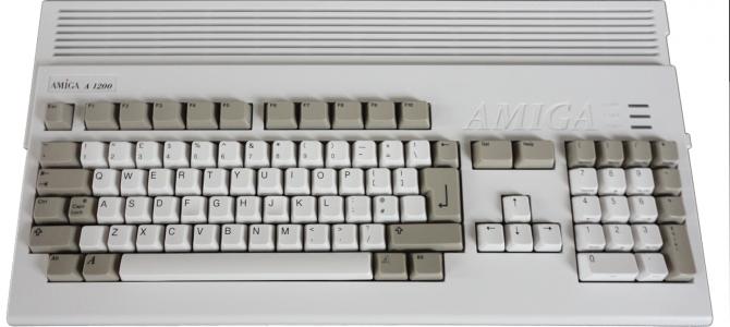 PureRetro Amiga 1200 skończyła 25 lat! Przypominamy historię [42]