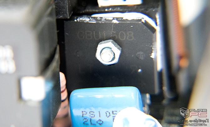 Test zasilacza Corsair TX550M 550W wydajny, cichy i niedrogi [nc26]