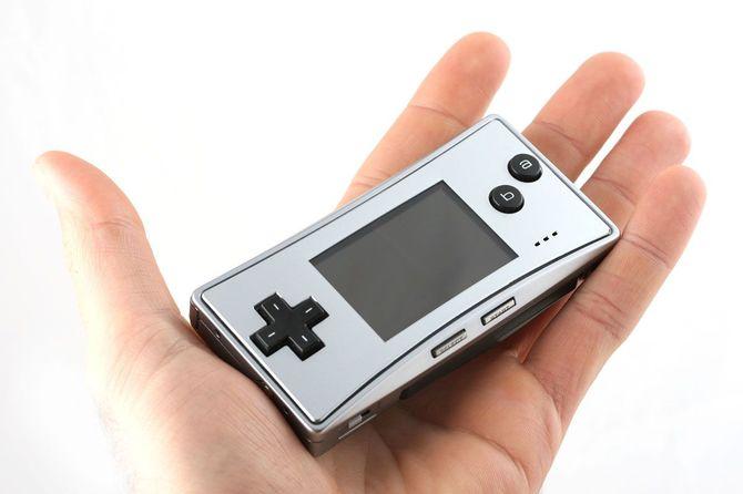PureRetro: historia Game Boya Color, który własnie skończył 20 lat [16]
