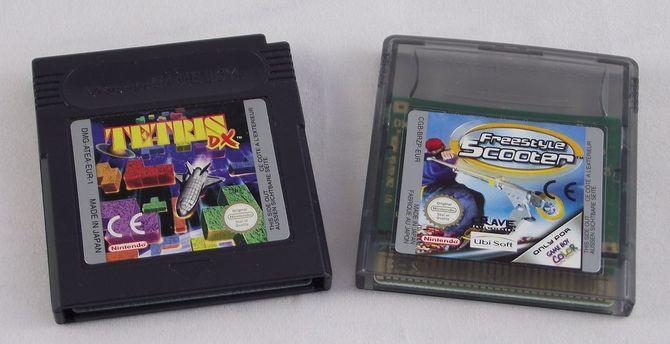 PureRetro: historia Game Boya Color, który własnie skończył 20 lat [24]