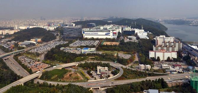 Jak Samsung testuje swoje smartfony? Relacja z Korei Południowej [nc1]