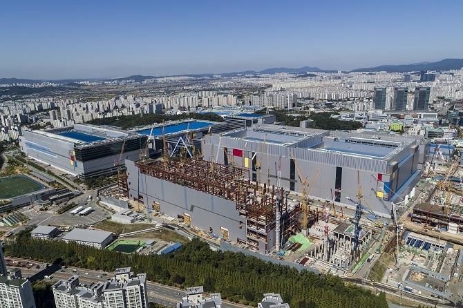 Jak Samsung testuje swoje smartfony? Relacja z Korei Południowej [nc2]