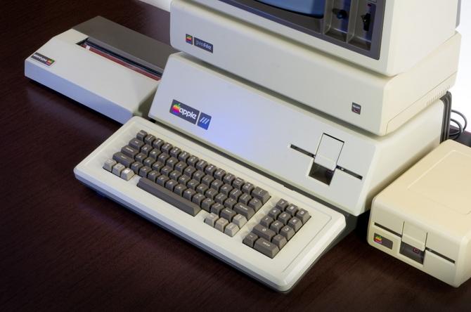 PureRetro: Apple iMac obchodzi 20 urodziny. Pamiętacie ten [2]