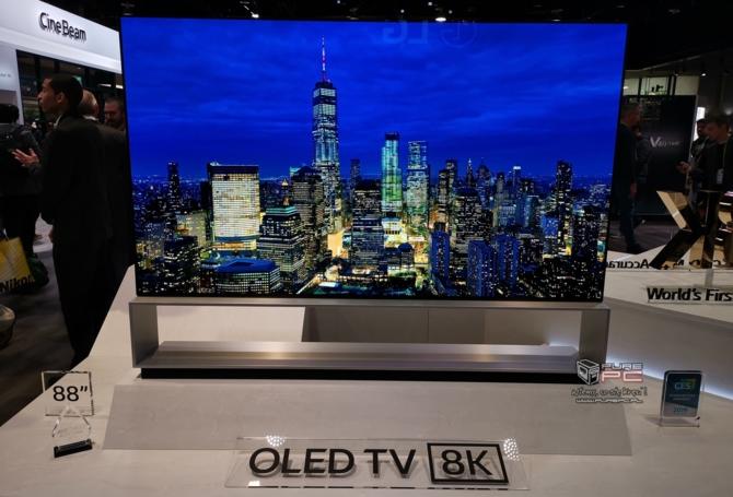 Telewizory na targach CES 2019 - cztery różne podejścia firm [6]