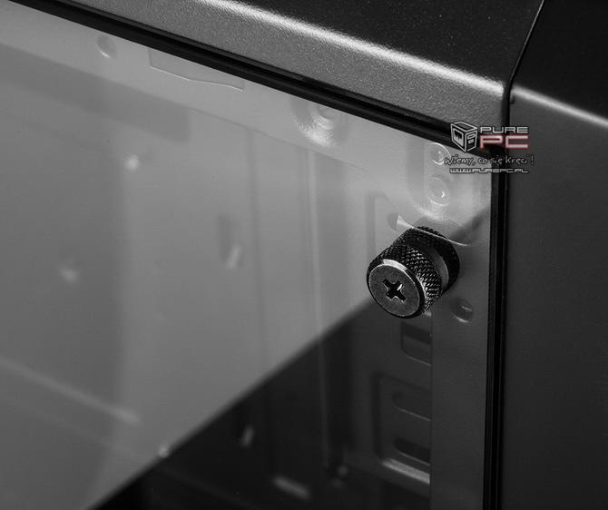 Rzut okiem na Modecom Oberon Glass Black - Co poprawiono? [nc1]