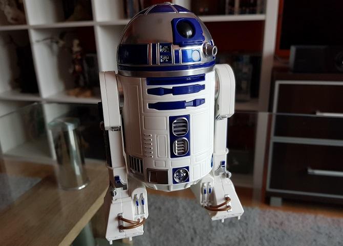 Wideo: Star Wars w realu? Sprawdzamy droidy BB-8 oraz R2-D2 [nc4]