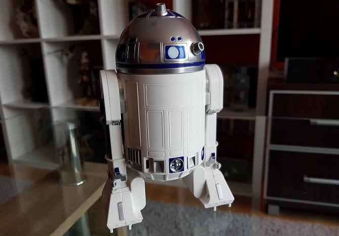 Wideo: Star Wars w realu? Sprawdzamy droidy BB-8 oraz R2-D2 [nc5]