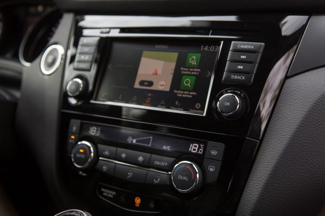 Wideo: Jazda testowa Nissan Qashqai z nowym NissanConnect [2]