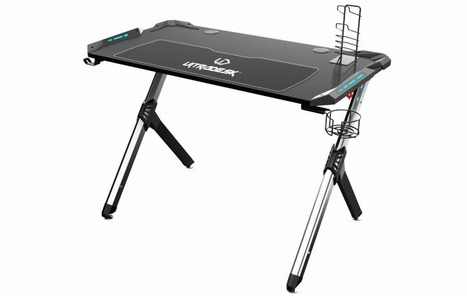 Test biurka Ultradesk Star: gdy miejsca na granie mamy niewiele [23]