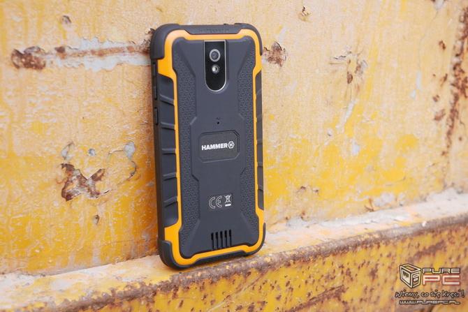 Hammer Active 2 LTE - czy warto kupić niedrogiego pancerniaka? [nc8]