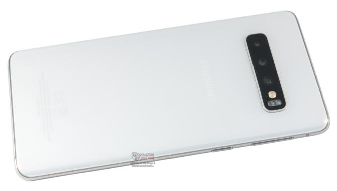 Galaxy S10 czy P30 Pro - który smartfon lepszy do zdjęć nocnych? [3]