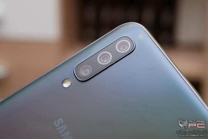 Test smartfona Samsung Galaxy A50 - Plastik znowu atakuje! [nc3]