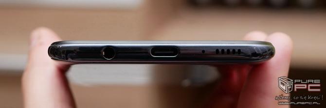 Test smartfona Samsung Galaxy A50 - Plastik znowu atakuje! [nc5]