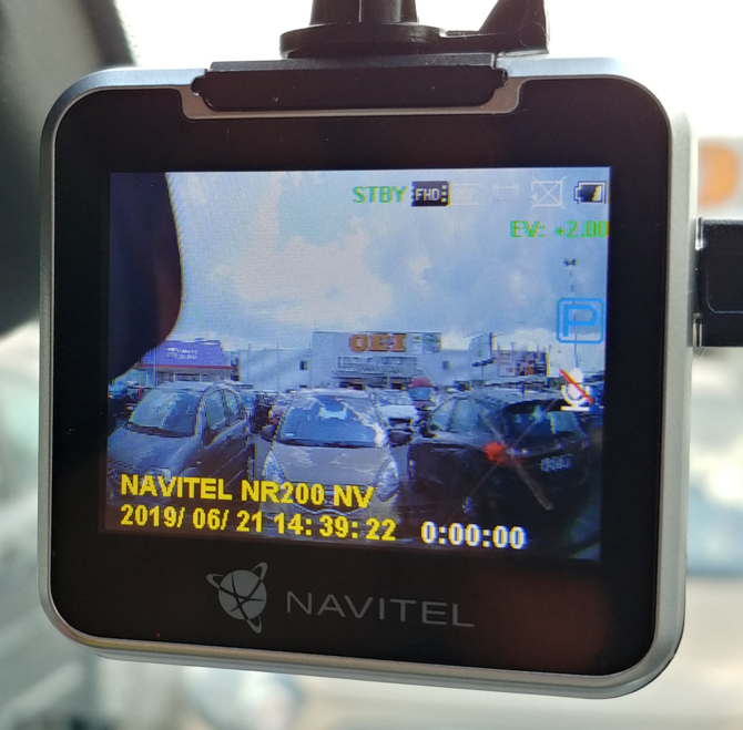 Test Navitel NR200 NV - tani wideorejestrator z darmową nawigacją [11]