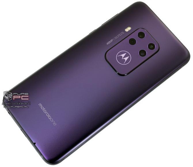 Test Motorola One Zoom: 4 dni na baterii i 4 sensowne aparaty [nc3]