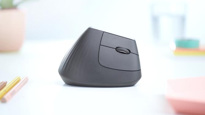 Test ergonomicznej myszy Logitech MX Vertical: żałuję, że cię znałam [3]