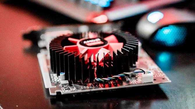 AMD Radeon RX 480, RX 470 i RX 460 na nowych zdjęciach [2]