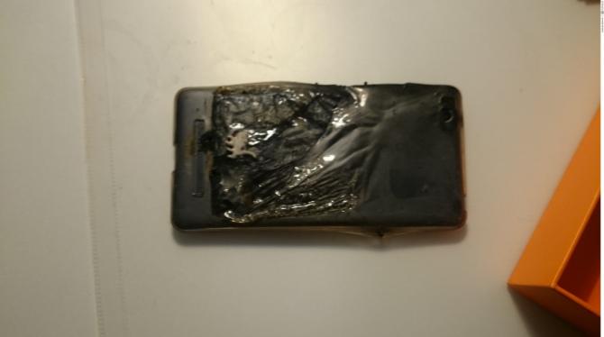 Telefon Xiaomi MI4C wybuchł koło głowy polskiego użytkownika [3]