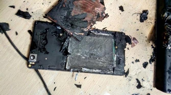 Telefon Xiaomi MI4C wybuchł koło głowy polskiego użytkownika [4]