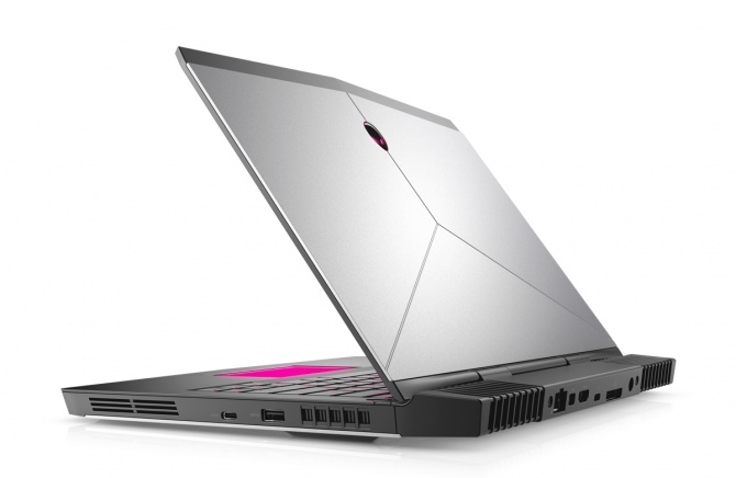 Alienware 13 R3 - 13-calowy laptop przygotowany na VR [2]