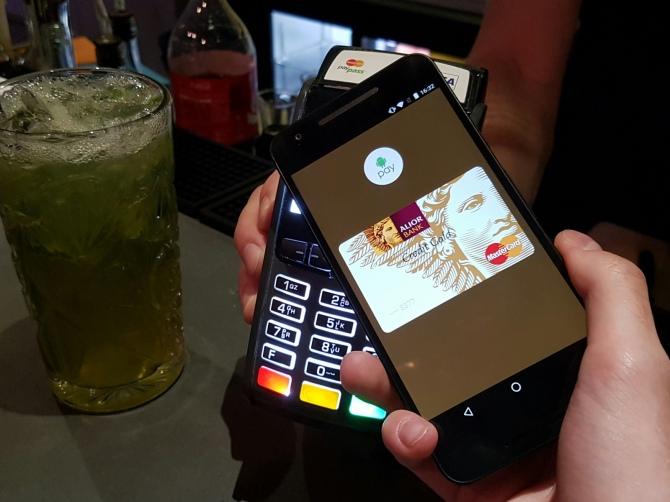 Od dzisiaj możesz płacić przez Android Pay w Polsce! [1]