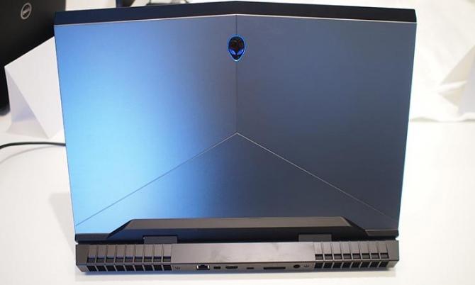 Alienware na CES 2017: Odświeżone laptopy z Intel Kaby Lake [4]