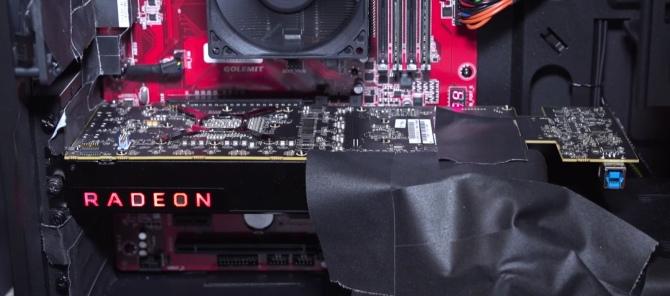 AMD Vega - zdjęcia karty graficznej w wersji inżynieryjnej [1]