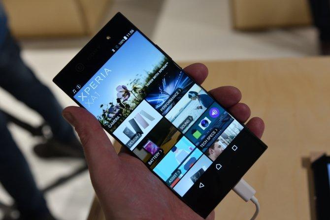 Sony prezentuje cztery nowe smartfony na targach MWC 2017 [8]