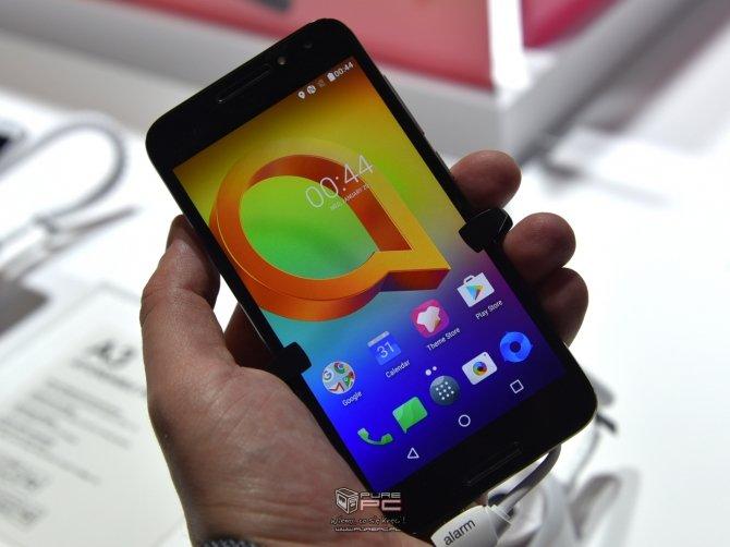 Alcatel zaprezentował na MWC kilka nowych modeli smartfonów  [6]