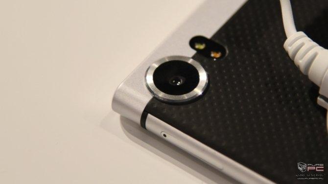 BlackBerry KEYone - premiera smartfona z fizyczną klawiaturą [7]