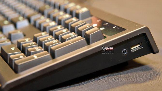 Razer BlackWidow Chroma V2 - nowa wersja klawiatury na IEM [4]