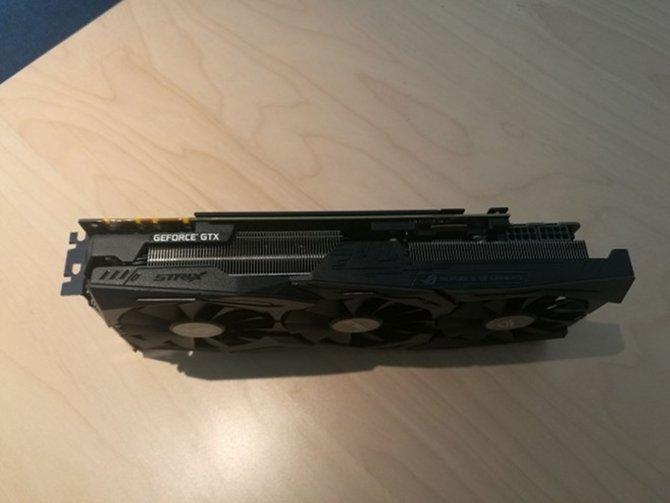ASUS GTX 1080 Ti Strix - zdjęcia i pełna specyfikacja [3]