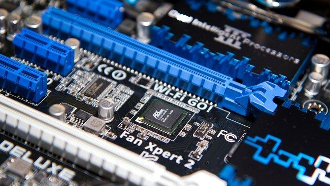 Podano informacje dotyczące standardu PCI Express 4.0 i 5.0 [3]