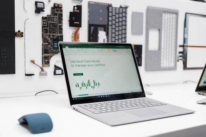 Surface Laptop - możliwe problemy z drenażem akumulatora [1]