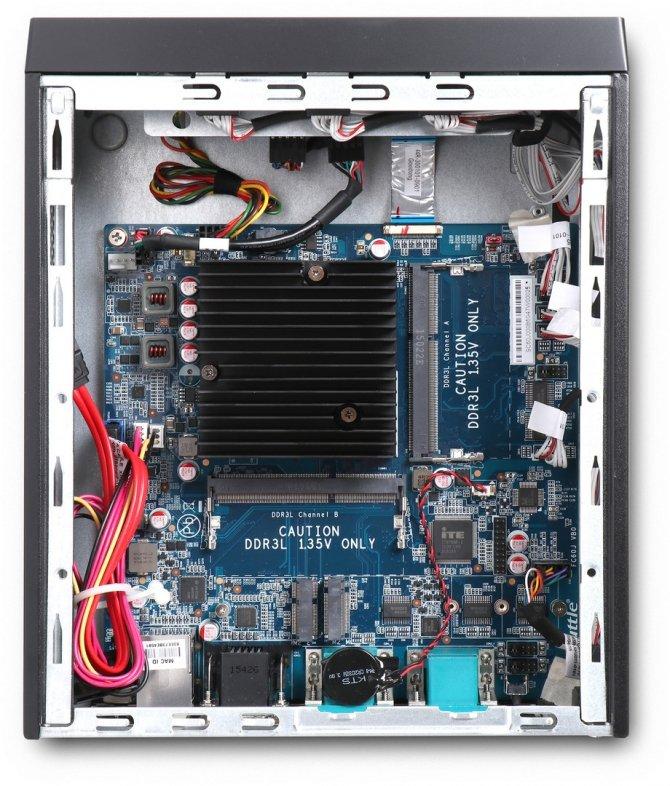 Shuttle XC60J - komputer barebone pozbawiony wentylatorów [4]