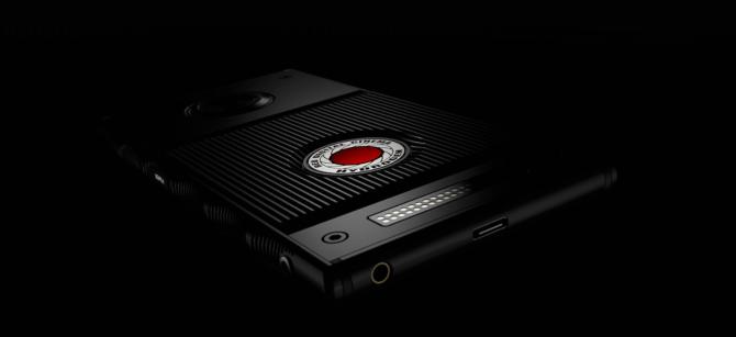RED Hydrogen One - smartfon, który wyświetla hologramy [1]