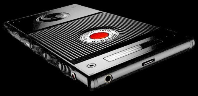 RED Hydrogen One - smartfon, który wyświetla hologramy [3]