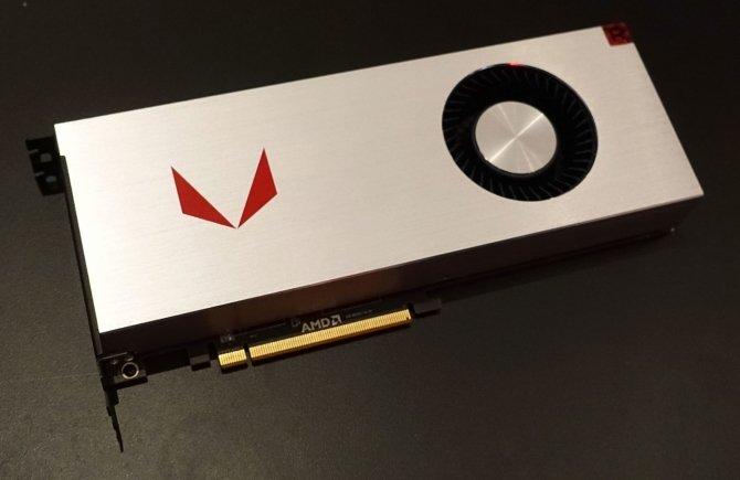 AMD Radeon RX Vega pozuje do zdjęć w dwóch różnych wersjach [1]