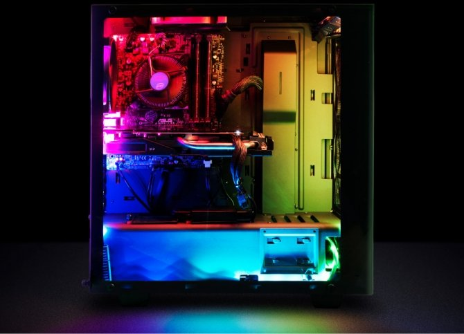 Razer Chroma HDK - zestaw pasków LED w kosmicznej cenie [1]