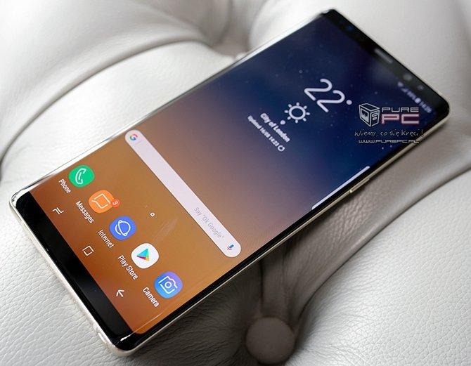Samsung tłumaczy obecność mniejszej baterii w Note8 [2]