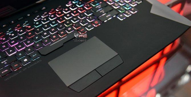ASUS ROG Chimera - laptop z matrycą o odświeżaniu 144 Hz [11]