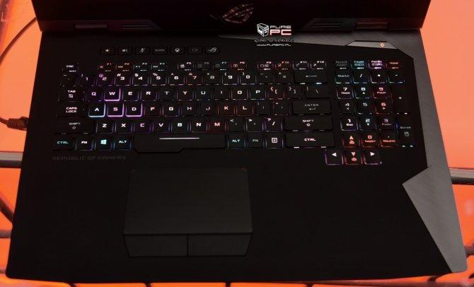 ASUS ROG Chimera - laptop z matrycą o odświeżaniu 144 Hz [3]