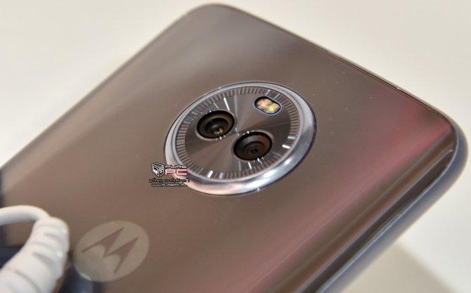 Motorola Moto X4 pojawi się w wersji Android One [3]