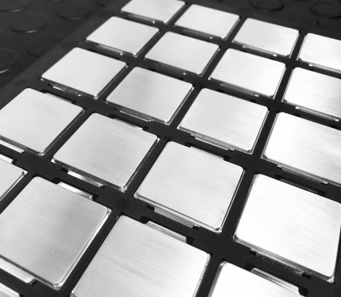Caseking oferuje Intel Core i7-8700K ze srebrnym IHS [1]