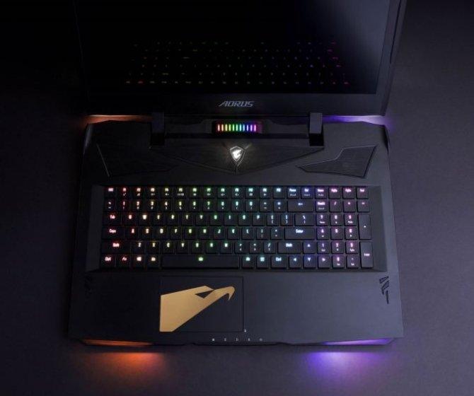 Gigabyte prezentuje laptopa Aorus X9 z GeForce GTX 1070 SLI [5]