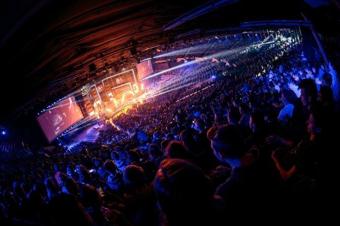 Intel Extreme Masters 2018 odbędzie się jednak w Katowicach [2]