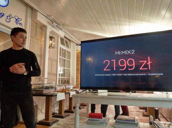Xiaomi Mi Mix 2 trafia do Polski w cenie 2199 zł [1]