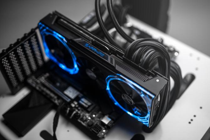 Specyfikacja Sapphire Radeon RX Vega Nitro+ Limited Edition [4]